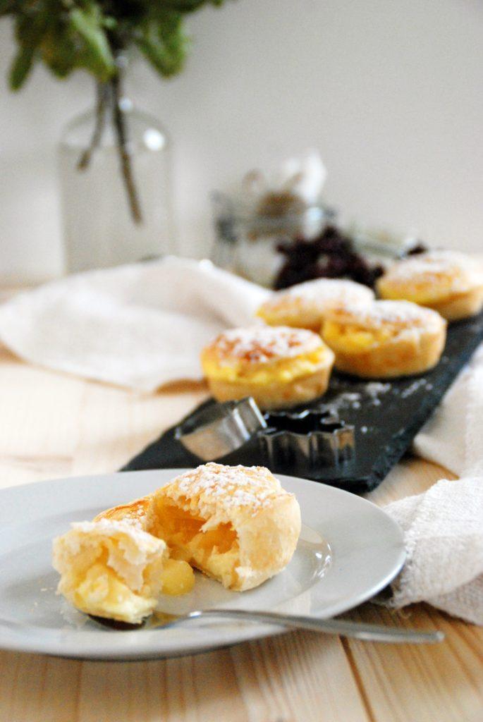 Apfelmuffings mit Puddingcreme