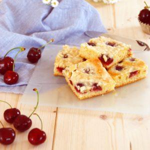 Kirsch Kuchen mit Mascarpone Guss