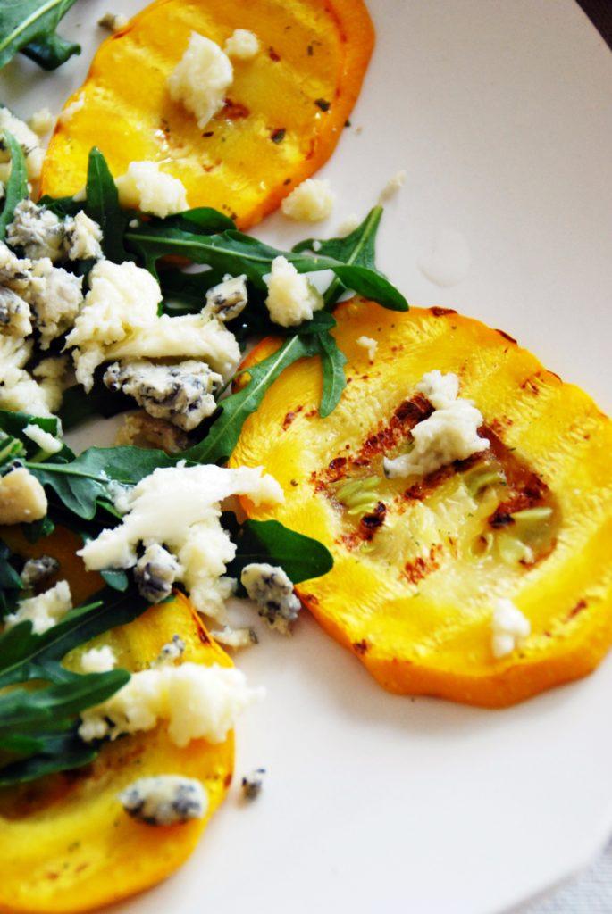 Gegrillte Zucchini mit Rucola