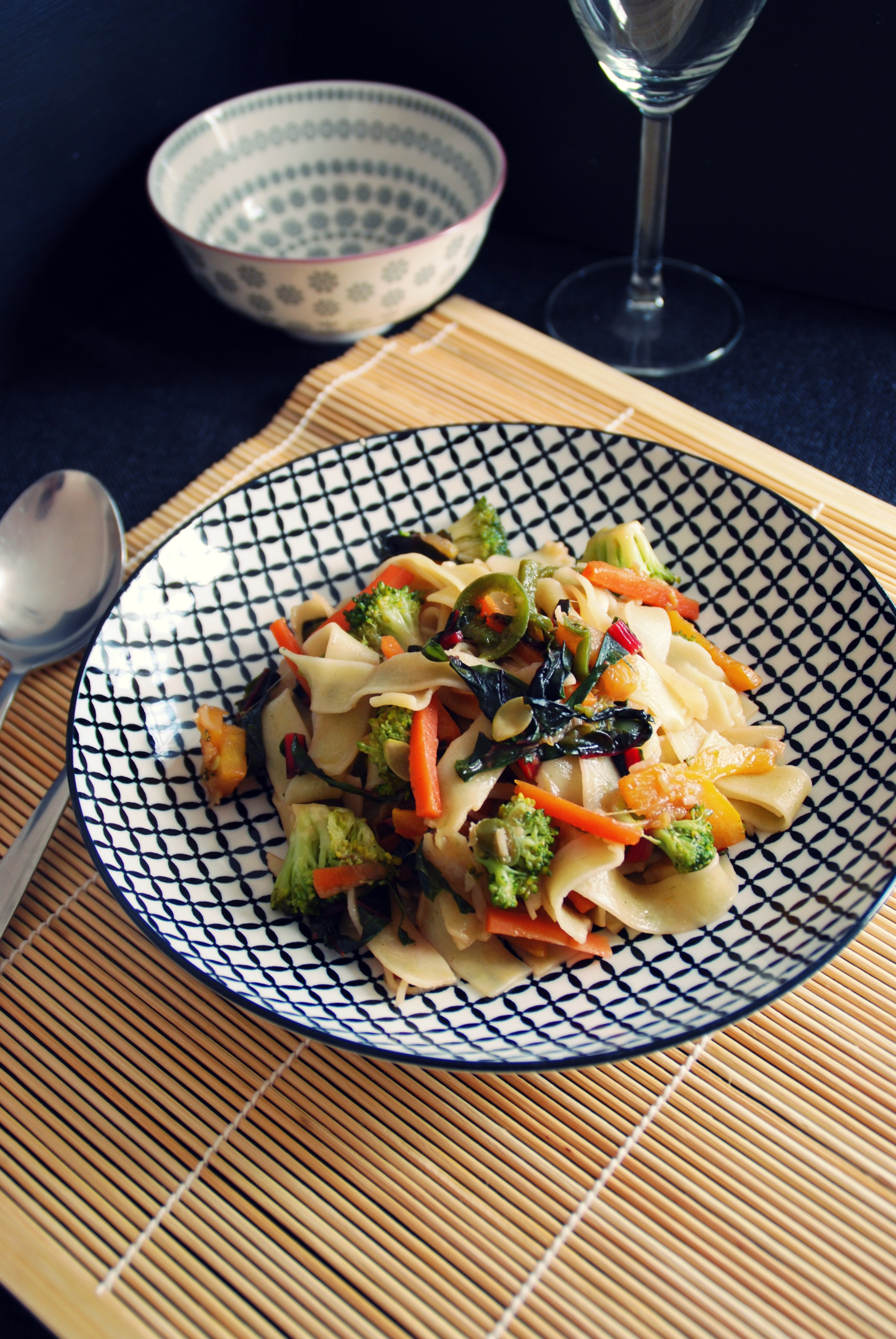 Asiatische Gemüsenudeln